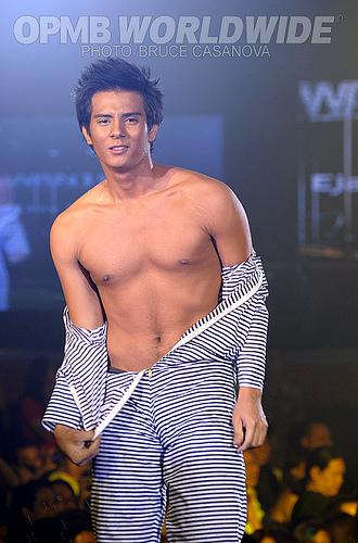ABS-CBN hunk Ejay Falcon