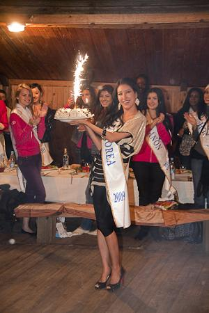 Cha Ye Lin (Miss Korea) celebrated her birthday during the Miss Intercontinental 2009 pre-pageant