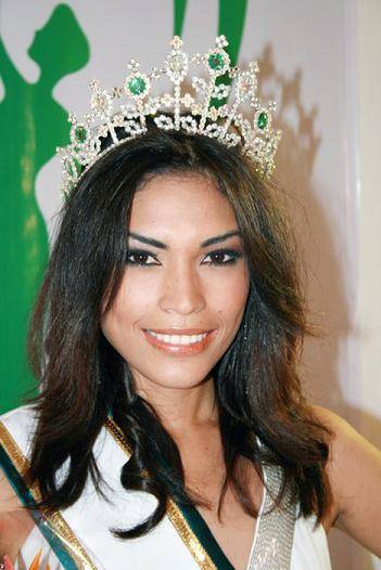 Miss Earth Panama 2009 GERALDINE HIGUERA