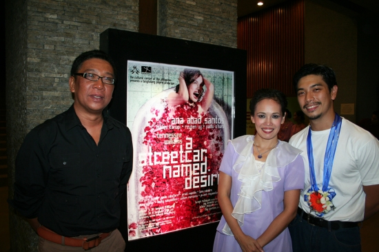 Director Floy Quintos with lead performers Ana Abad Santos and Reuben Uy