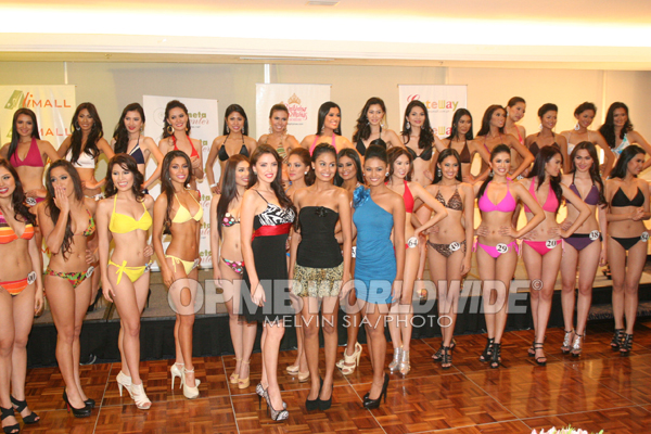 The Bb. Pilipinas 2011 Candidates with the reigning queens (photo credit: OPMB Worldwide)
