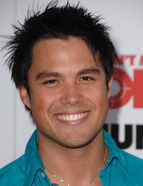 Michael Copon wants to give local showbiz a sweet try ... Michael Copon