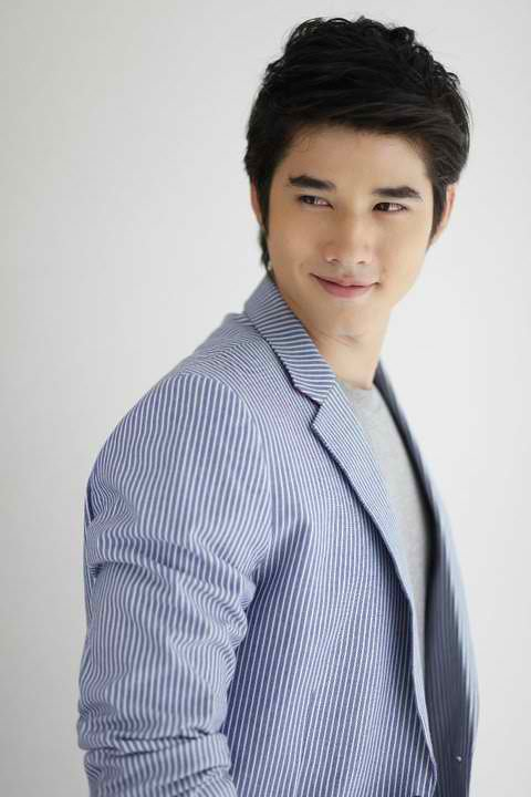 Mario maurer haircut