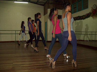 Team JDV girls during one of their catwalk trainings that at times become back-breaking all-nighters.