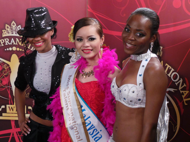 Nancy Markus of Malaysia (center) was adjudged Miss Talent, with Johanna Medio of Cameroon (right) placing 2nd and Esonica Veira of US Virgin Islands 3rd.