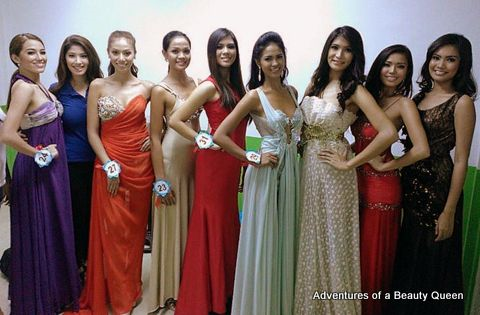 Zahra  Saldua (2nd from left) was the only one who did not change into an evening gown/cocktail dress during the MWP2013 final screening. (Photo credit: Adventures of a Beauty Queen/Joyce Ann Burton-Titular)