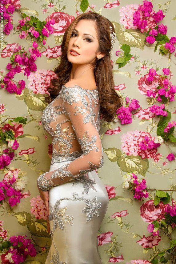 Miss Earth Venezuela 2013 Alyz Heinrich