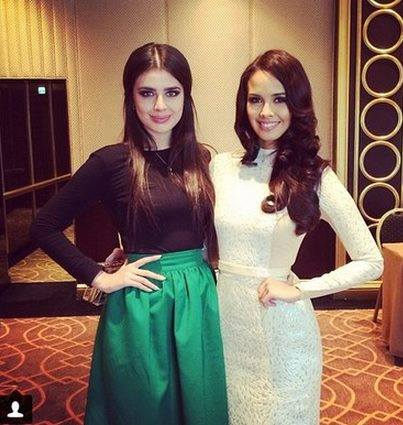 Miss Russia 2013 Elmira Abdrazakova (left) and Miss World 2013 Megan Young in Moscow