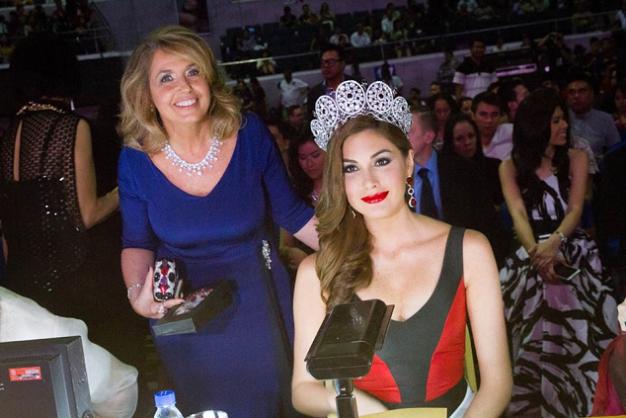 MUO President Paula Shugart with MU2013 Maria Gabriela Isler while judging BBP2014 last week. (Photo credit: OPMB Worldwide)