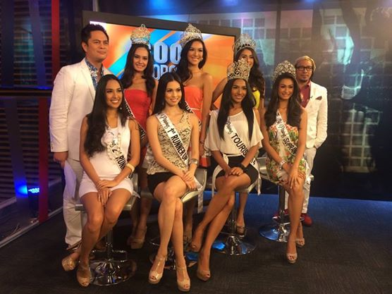 The Bb. Pilipinas 2014 Queens guest on TV5's Good Morning Club with hosts Martin Andanar (far left) and Lourd de Vera (far right)
