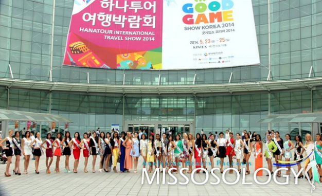 The Miss Asia Pacific World 2014 candidates during their visit to Kintex and the Hanatour International Travel Show 2014
