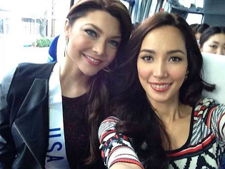 Andrea (left) with Bea Rose Santiago during MI2013.