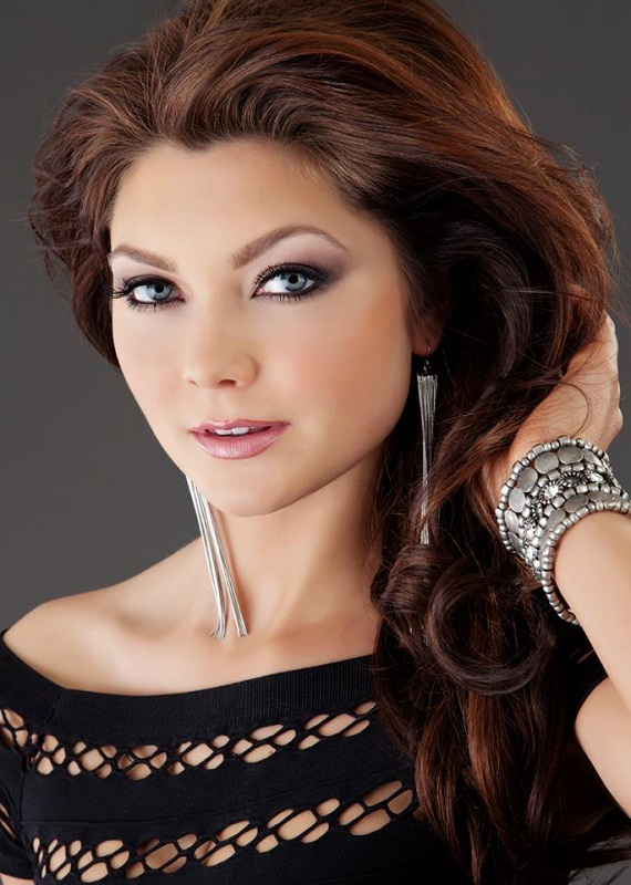 Miss Earth USA 2014 Andrea Neu