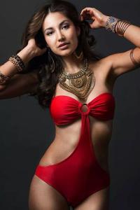 Dayana Grageda used to be a Miss Australia Latina.