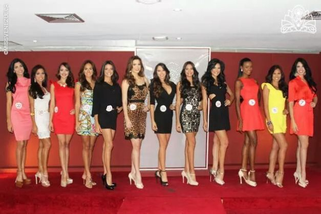 12 for Miss Venezuela World 2014