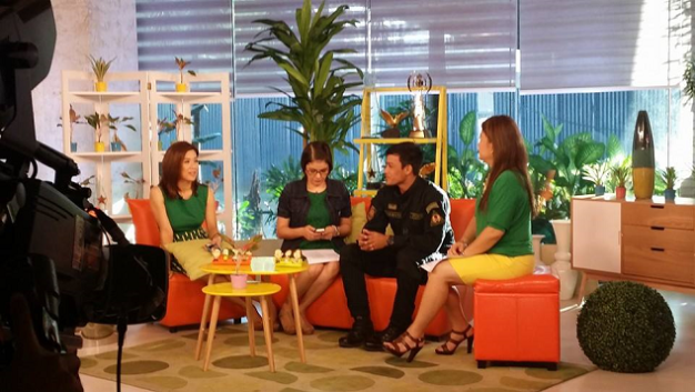 Neil (3rd from left) being interviewed on ABS-CBN's Umagang Kay Ganda