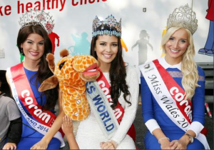 (L-R): Miss England Carina Tyrell, Miss World 2013 Megan Young and Miss Wales Alice Ford