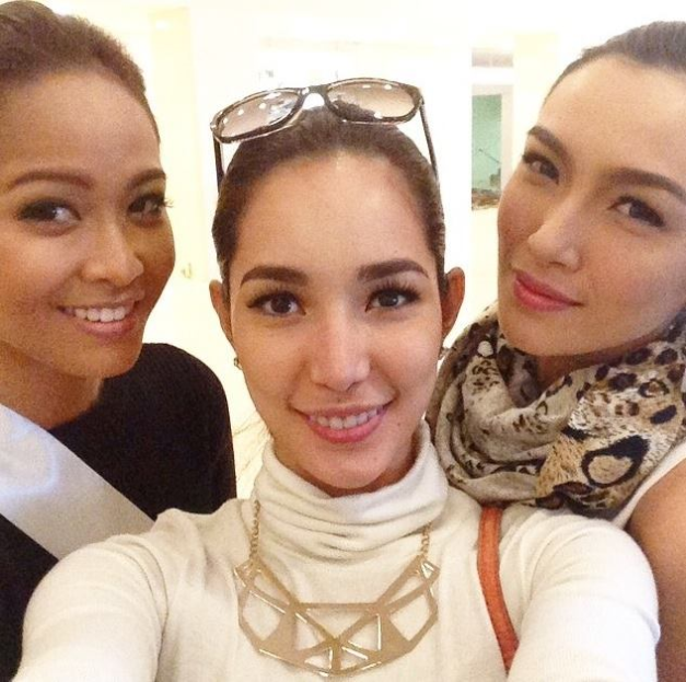 (Left to right): Miss Canada Kesiah Papasin, Miss International 2013 Bea Rose Santiago and Miss Philippines Bianca Guidotti
