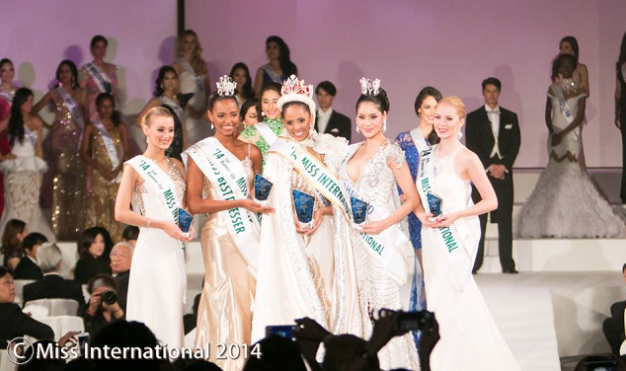 Left to right: 3rd Runner-Up Victoria Tooby of UK, 1st Runner-Up Zulueta Suarez of Colombia, Miss International 2014 Valerie Hernandez Matias of Puerto Rico,  2nd Runner-Up Punika Kulsoontornroot of Thailand and 4th Runner-Up Milla Rompannen of Finland