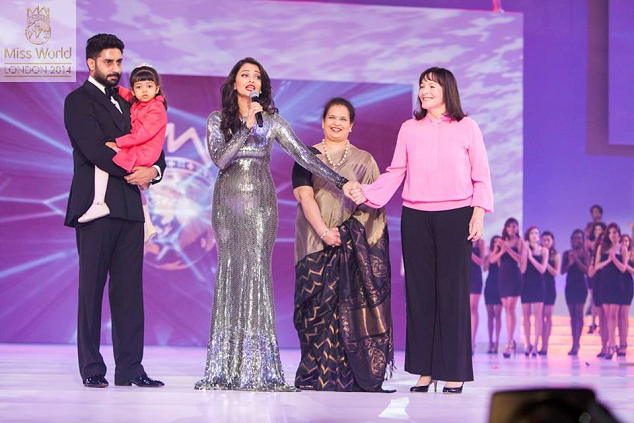 Miss World 1994 (3rd from left) being honored with a Lifetime BWAP Award during the Miss World 2014 finals by MWO Head Julia Morley (1st from right)