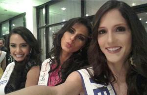 Kris (leftmost) with Misses Brazil and Venezuela