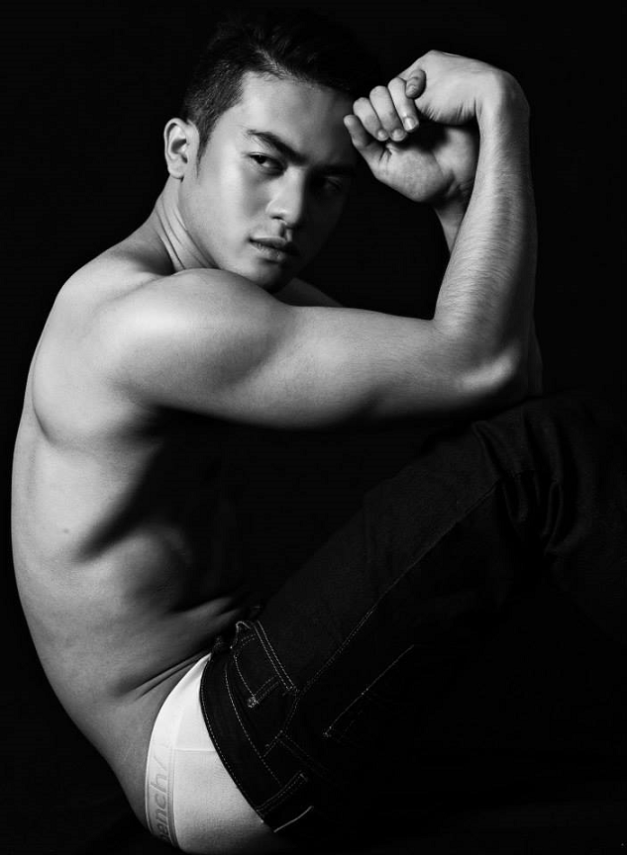 Closer now for the gorgeous-looking  Joseph Doruelo (Photo by Arvin Cruz)