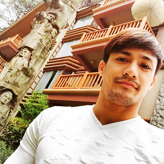 Neil during his recent vacation in Baguio after judging in La Union