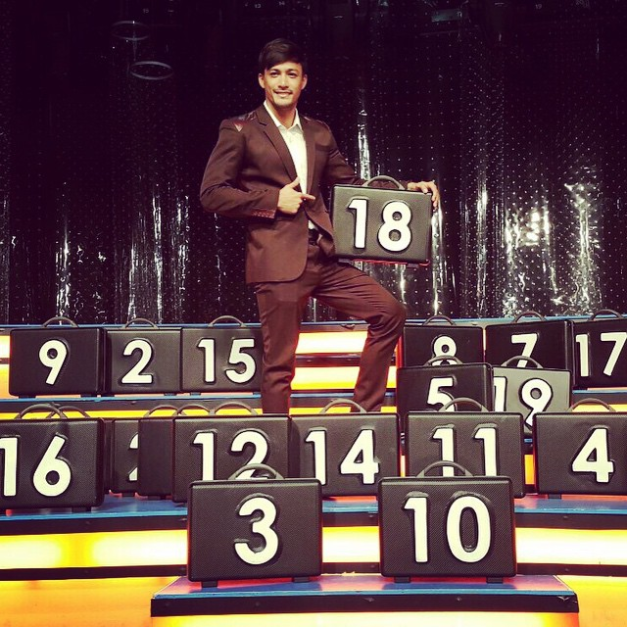 Mister International 2014/15 Neil Perez as one of the celebrity briefcase holders for Kapamilya Deal or No Deal