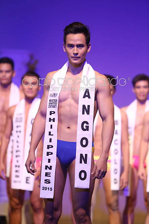 Reynaldo in swimwear (Photo credit: Jory Rivera)