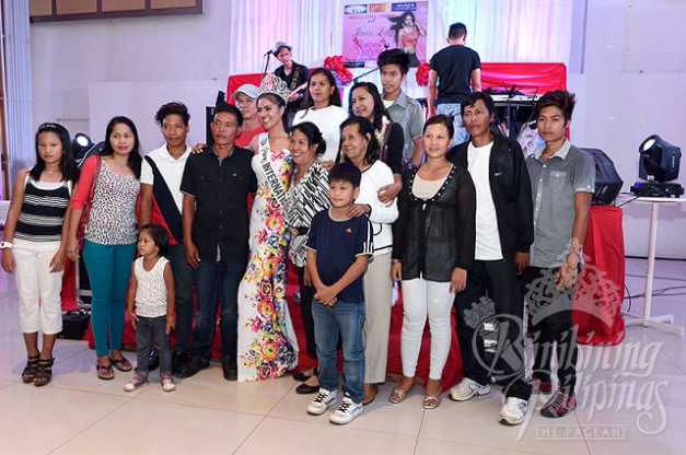 Janicel is feeling the love from family members and loved ones during her Palawan homecoming trip