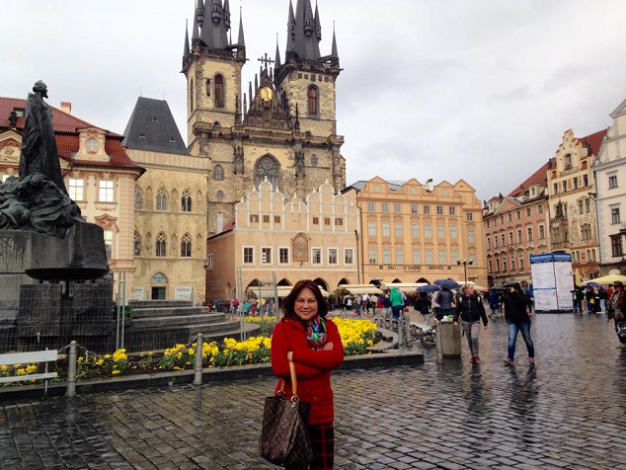 Miss Republic of the Philippines CEO and President Lynette Padolina is currently in Prague to select the representative of the Filipino Community-Czech Republic