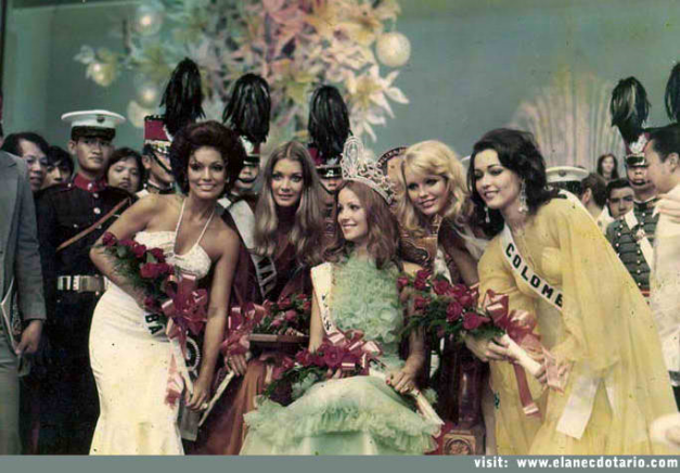 Maureen (leftmost) with (left to right): 1st Runner-Up Helen Morgan of Wales, Miss Universe 1974 Amparo Munoz of Spain, 2nd Runner-Up Johanna Raunio of Finland and 3rd Runner-Up Ella Cecilia Escandon of Colombia (Photo credit: elanecdotario.com)