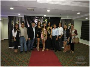 Miss Global Philippines 2014 Catherine Almirante (center) with the other winners and the screening committee (Photo credit: Edmund Chua for Fabmanilaph)