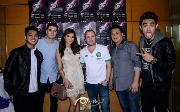 With the DJs of Spectra lead by Callum David (in light blue shirt) and Jennifer Lee (Photo credit: Joy Arguil)