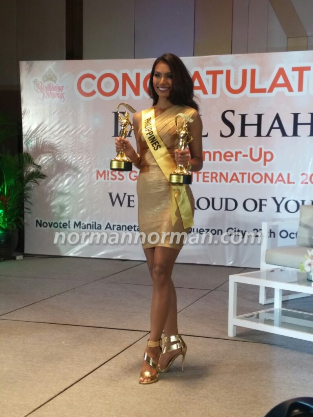 Parul Shah with her two trophies from Miss Grand International 2015