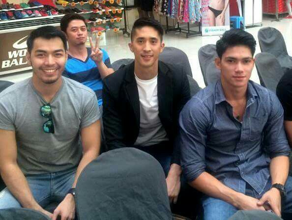Reniel (right) with Willan Pagayon (left) and Don Mcgyver Cochico during the Final Callback at Fisher Mall