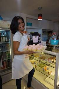 Casey and cupcakes go well together (Photo credit: Sharene Valencia Roco)