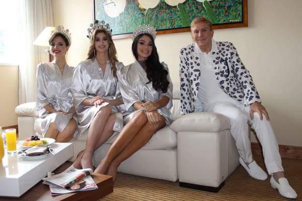 Jessica, Mariam, Andrea and Osmel Sousa