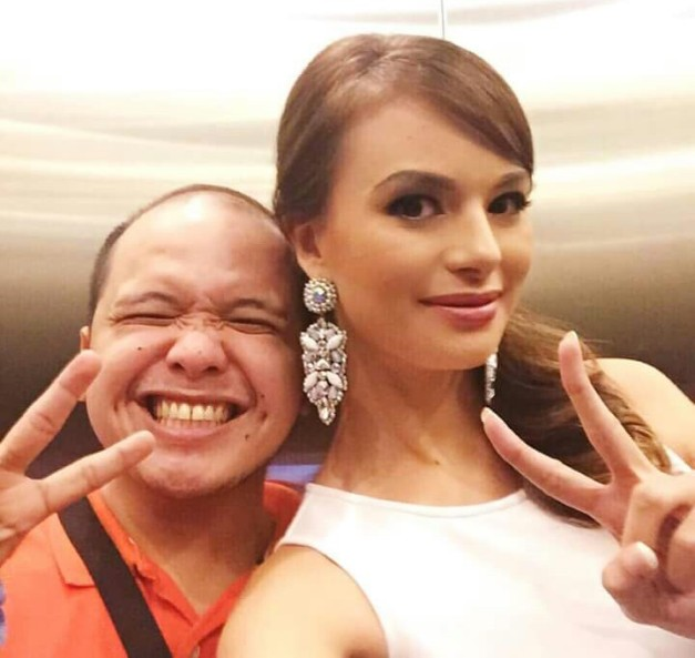 Valerie (right) with her ever friendly handler Caloy Buendia