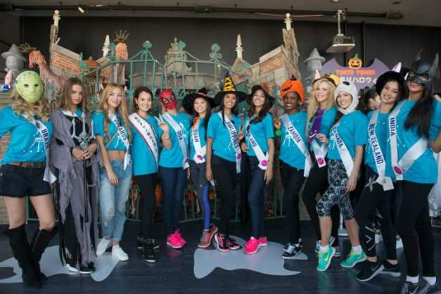 The Miss International 2015 delegates enjoy Halloween in Tokyo. Miss Philippines Janicel Lubina stands 7th from the right