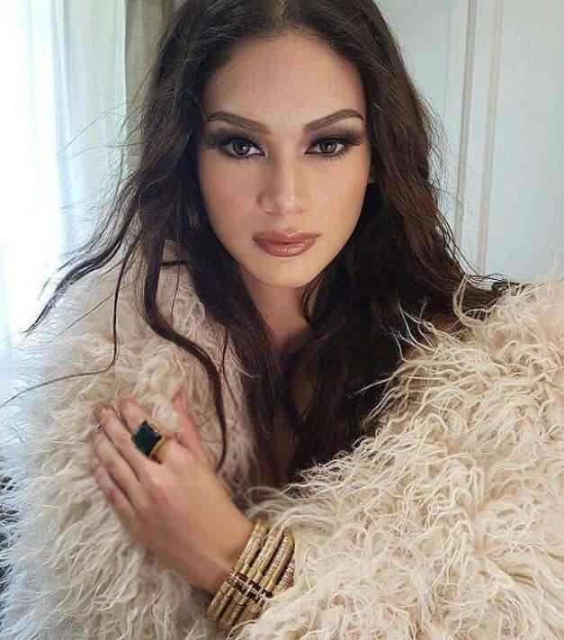 Miss Universe Philippines 2015 Pia Alonzo Wurtzbach for Designer Lesley Mobo
