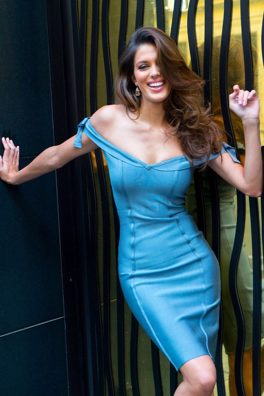 Iris Mittenaere Comes Home And Returns The Miss Universe