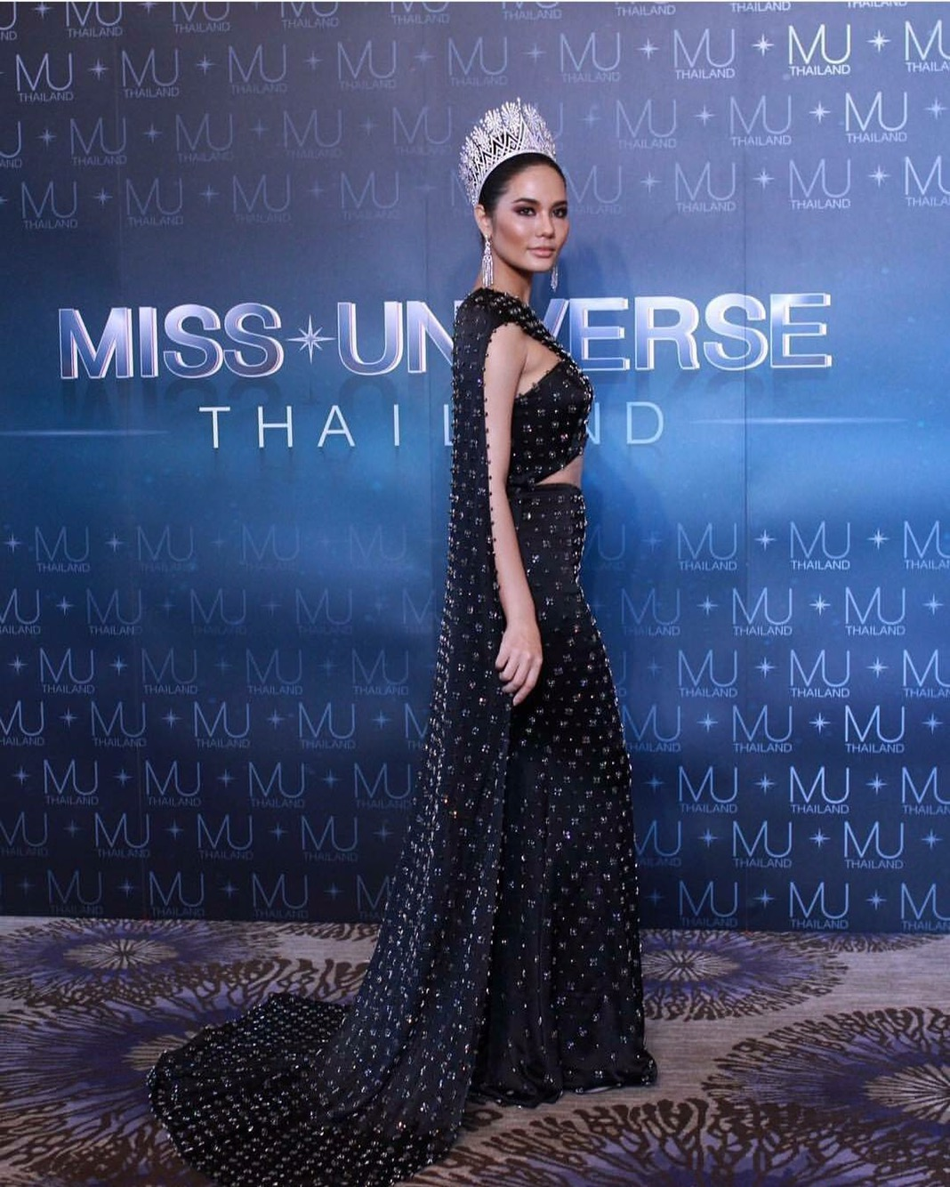 Mrs universe 2018 dresses in style